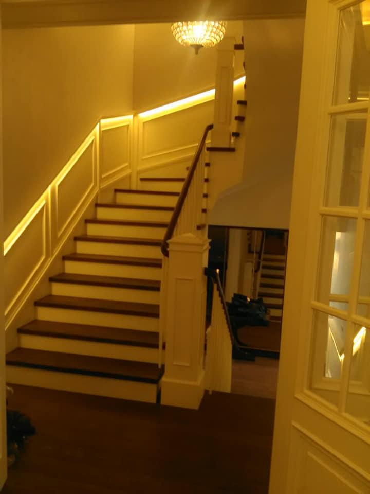 Oblaganje stepeništa i izrada stepenišnih ograda 1