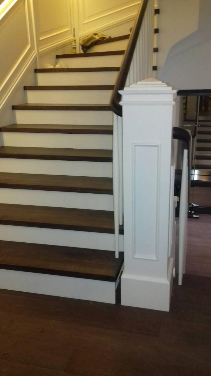 Samonosive stepenice - Enterijer Sremska Kamenica